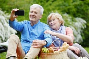 Top 5 US Cellular phones for seniors 2020