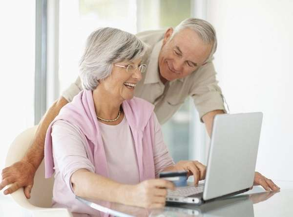 How to get Free Computers for Low-income Seniors